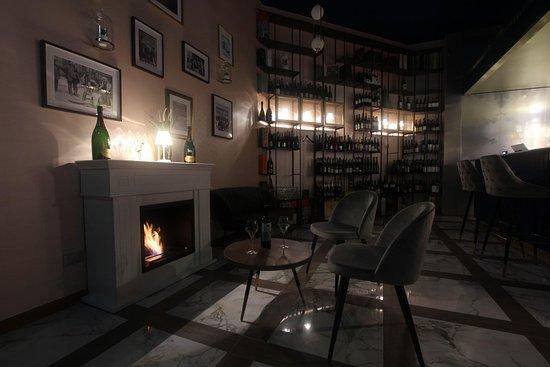 zona caminetto cocktail bar