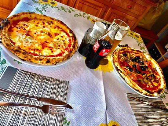 Per una cena tra amici, per una cena di coppia o per qualsiasi altra circostanza, la nostra pizza è la scelta giusta.