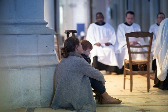 Sanctuaire Notre-Dame de Montligeon. informations : 00 33 2 33 85 17 00 https://montligeon.org/
