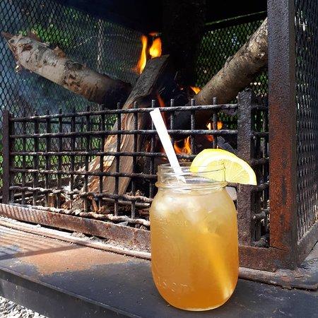 Austin, Canada: Nouveau au café Le Refuge, délicieuse limonade maison, le rafraîchissement par excellence ! 🍋🌞