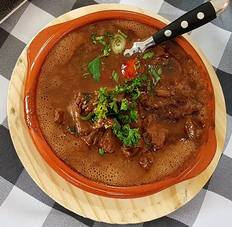Rotwein Beef