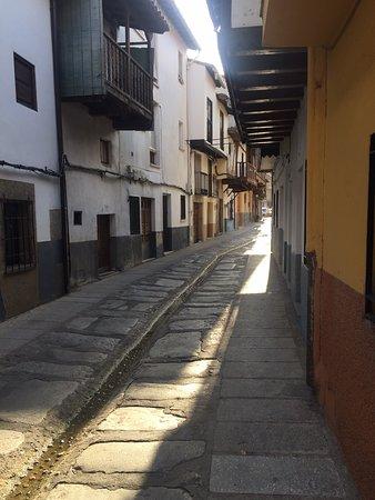 Valverde de la Vera, Spain: Me ha encantado este pueblo de la comarca De la Vera!! Muy bonito y agradable pasear x sus calles .