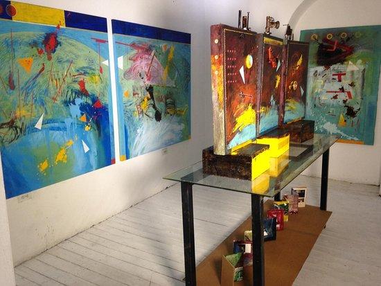 Gasny, Fransa: Exposición de Pinturas del Artista Oscar García