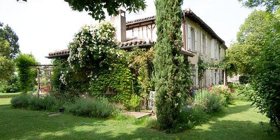 ז'ר, צרפת: L'arrière de la maison.