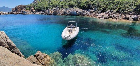 Locamarine Boat
