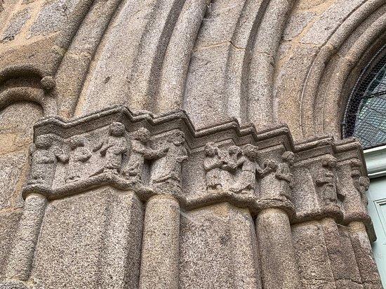 Eglise De L'assomption-de-la-très-sainte-vierge