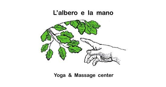 L'Albero e La Mano Yoga and Massage Center