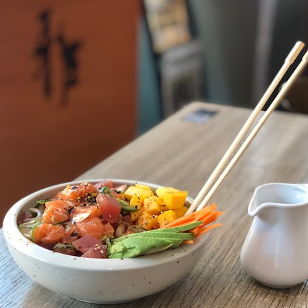 Dine-in with a view... The quickest way to stave off the heat! & Our fresh  #SalmonTuna Poke is just the ticket #BeatTheHeat   #EnjoyTheLittleThings #BringItHome #BackInTheGame #ThisIsHowWeDoIt #LunchWithAView #We_Are_All_Responsible  #miyabisushi