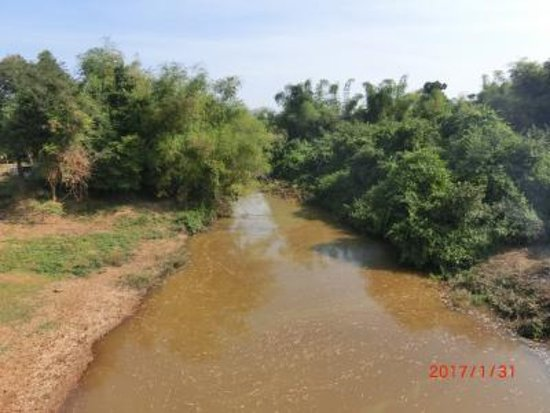 Kampong Kdei, Camboya: チクレン川