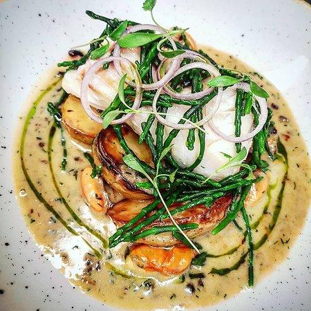 Baked cod, Scottish mussels, samphire, warm 'tartare' cream, pickled shallot