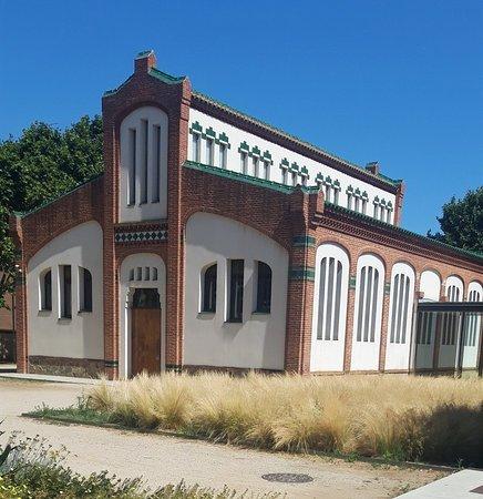 Biblioteca Antoni Comas