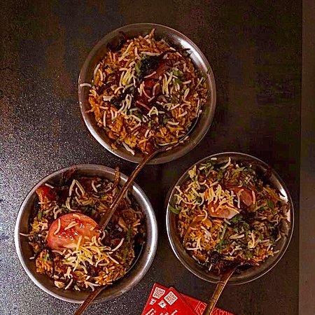 #Bombay to Goa's#Special Awadhi Chicken Biryani#