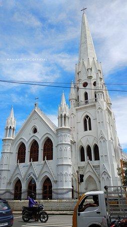 Chennai (Madras), India: Santhome Cathedral Basilica Chennai