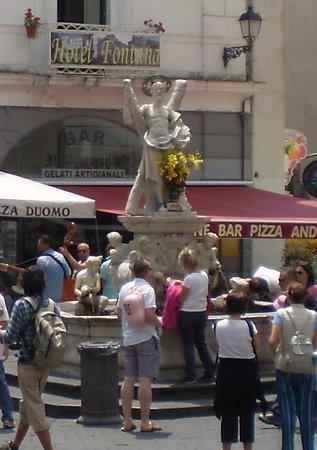 Amalfi, Itália: Fontana San't Andrea