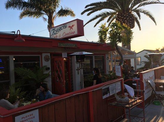 Shell Beach, Kalifornia: Outside Zorro's.