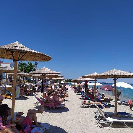Sunday mode.. 🍑🍍🍹🍸🍻🍉 #CoconesBar #Cocones #BlueFlagBeach #CocktailBar #Polichrono #Halkidiki #Cocktails #StreetFood #HalkidikiBars #Summer2020 #Stay_Safe