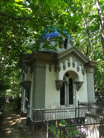 Часовни на Введенском (Немецком) кладбище.