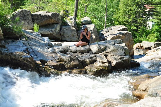 falls at Jackson NH only 15 mins from Easterslopes in