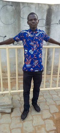 Dapaong, טוגו: Je vis actuellement à Lomé pour mes études universitaires. J'aime beaucoup les voyages. Pligou,c'est chez moi.