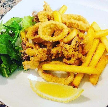 Il nostro mitico fritto misto di mare e patatine