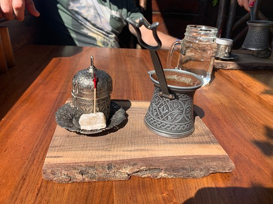 Turkish coffee with a Turkish delight