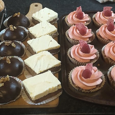 Isle of Muck, UK: Fresh Cakes on offer Daily