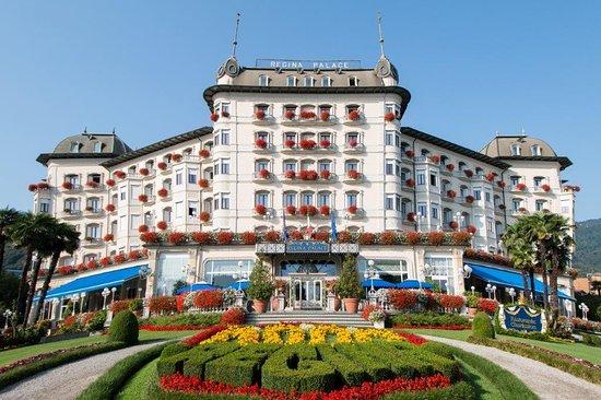 蕾佳娜皇宮酒店
