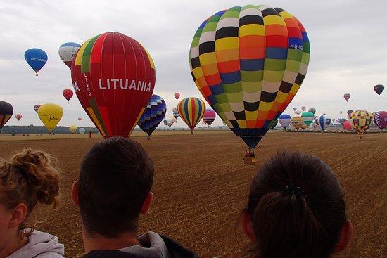 ภาพของ Ballonvaarten Globos – ภาพถ่าย Sint-Niklaas - Tripadvisor