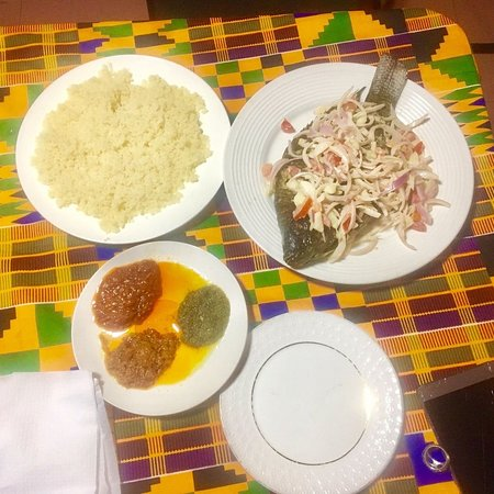 Amazing Grilled tilapia with with Attiéké (couscous of Cassava) it's Yummy!
