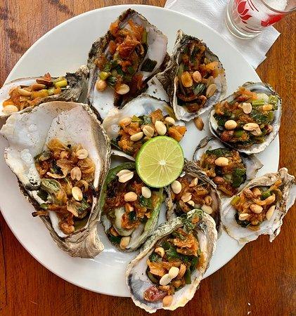 Lăng Cô, Việt Nam: yum yum