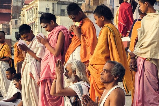 Private 7-Day Hindu and Buddhist Pilgrimage from Kolkata