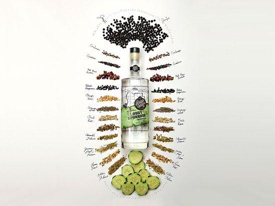Etna, CA: Laust Sparrow Premium Gin