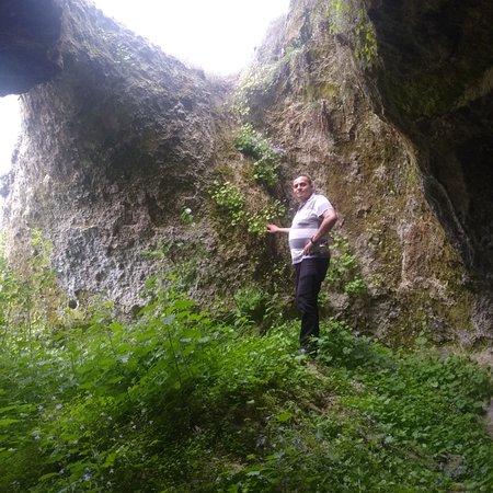 Afyonkarahisar, Turquia: Mağara tarihî