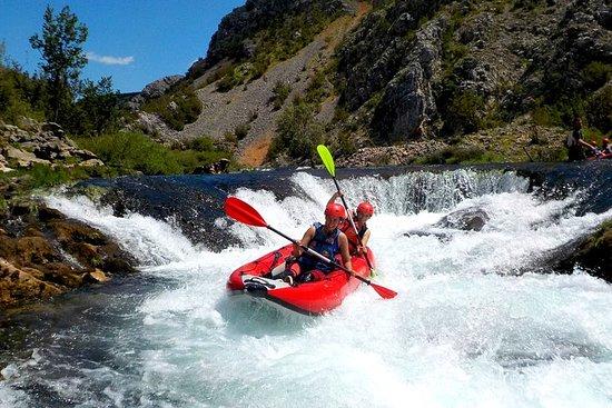 Canoe safari / rafting on river...