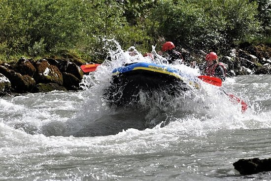 Rafting in Salzach with a state-certified raft guide