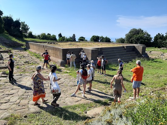 Baratti and Populonia Archeological Park Tour Ticket: scavi