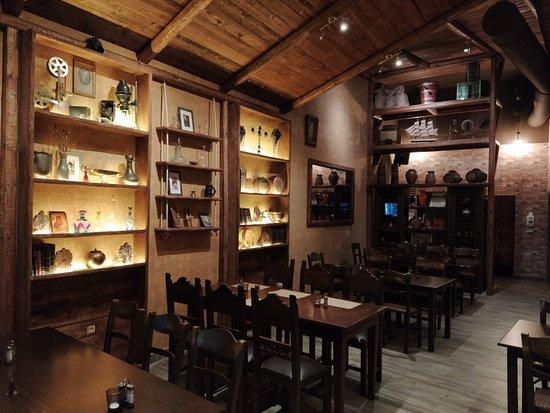 Εσωτερικό εστιατορίου