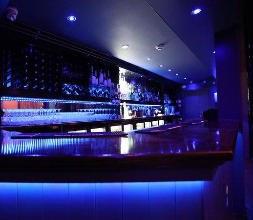 Leman Bar and Lounge