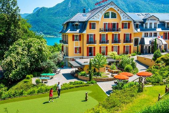 Les Tresoms, Lake and Spa Resort