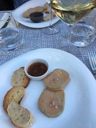 Une belle soirée dans le jardin-terrasse de la Caracole à Colombes : un délice !