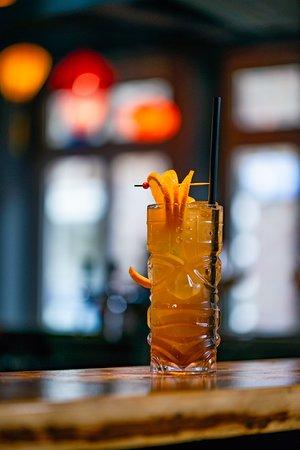Verschiedenste Cocktails mit hochwertigen Spirituosen