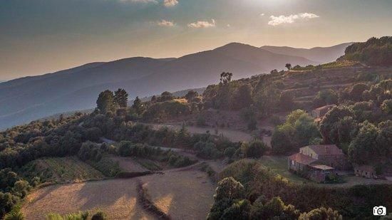 מונטסני, ספרד: Espacio rural. Masia del sigle XVII. Vistas espectaculares.