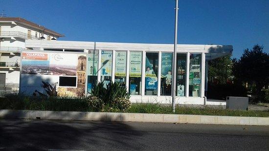 L'ufficio del turismo a Villapiana lido. .