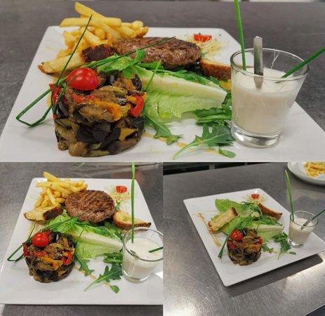 Montalieu-Vercieu, فرنسا: Notre hamburger gourmet 😛😛