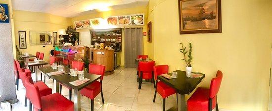 Bienvenue au Restaurant Hà-Tiên de Sarlat ! Plats à emporter ou service à table. Moins de tables pour un repas en sécurité  !