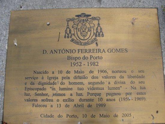 Estatua do Bispo D. Antonio Ferreira Gomes