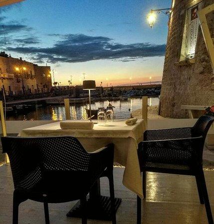 Romanazzi's Restaurant: tavoli vista mare