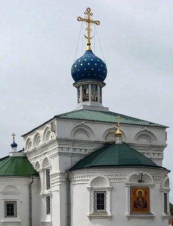Церковь иконы Божией Матери Знамение (Знаменская церковь). г. Балахна. июнь 2020 г.