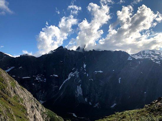 Innfjorden, Norveška: Trollveggen sett fra Litlefjellet