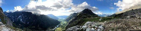 Innfjorden, Norveška: Utsikt fra Litlefjellet